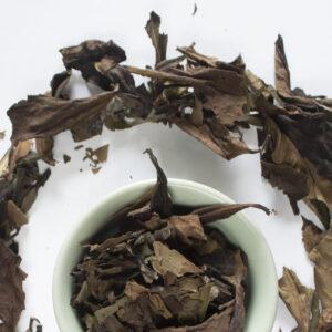 White Ceylon tea leaves